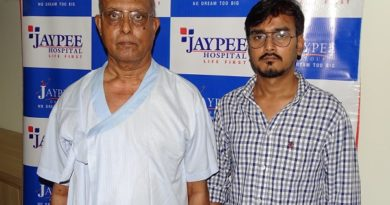 Son donates liver part to his father